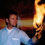 Seth-brinnande hand2